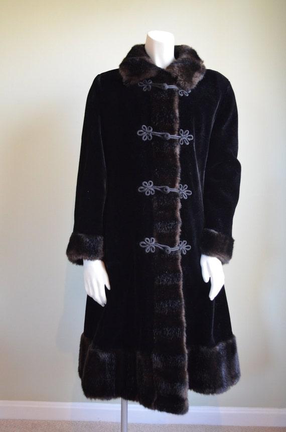 SALE // Glenorba Faux Fur Coat // 50s 60s