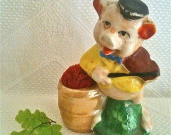 Vintage Fiddler Pig of The Three Little Pigs Figural Porcelain China Pin Cushions Disney Made In Japan Very Rare 1930s