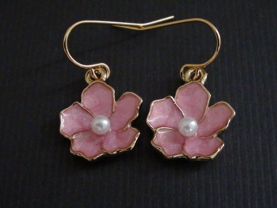 10% Off-Gold Shiny Pink Flower Charm - Yellow Gold plated Earrings