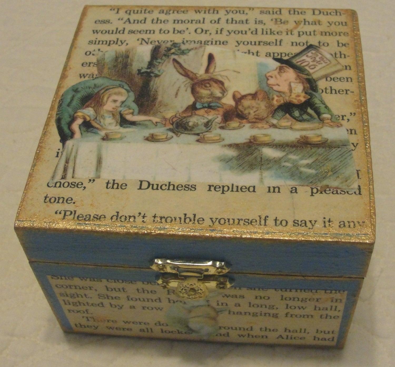 Alice In Wonderland Decorative Box Jewelry Box