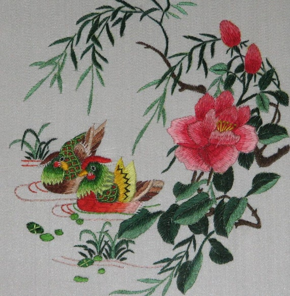 Chinese Art Hand Made Silk Embroidery Love By