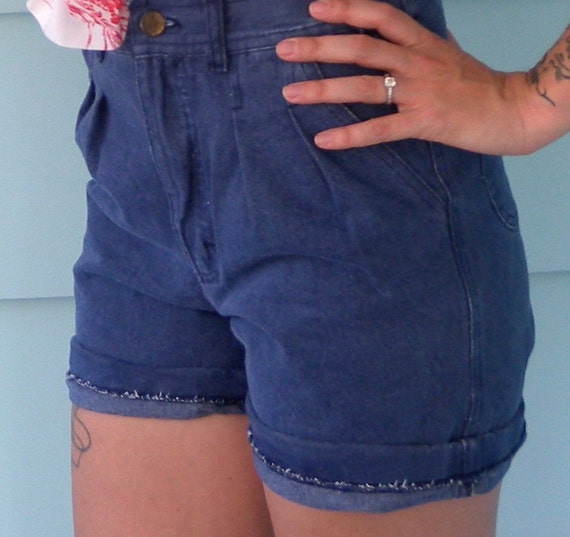 SALE Deadstock High Waist Denim Shorts Extra Small 70s/80s