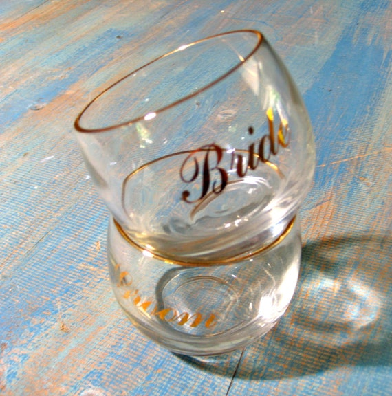 Bride and Groom Wedding Glass Set