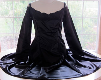 Mad Men Couture Cocktail Dress Black Satin Size Large Lined Scalloped Neckline Long Sleeve