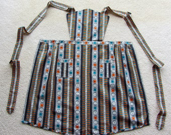 Lucille Ball Era Full Apron Eames Design IMMACULATE Crisp Looks Never Used