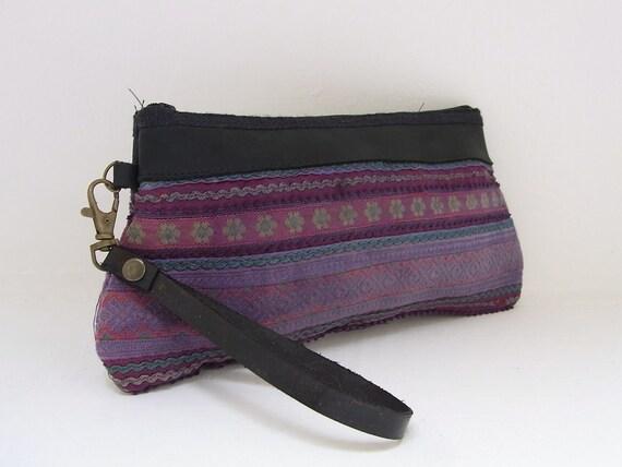 Hill Tribe Wristlet HMONG Vintage Fabric Leather Trim Fair Trade Thailand (BG286.701%)