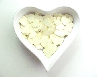 Confetti - 200 cardboard hearts - Cream - Wedding - Baby shower - Flavors - Decor - Spring - Summer - Love