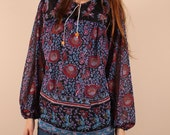 Vintage 70s // hippie boho shirt blouse // semi sheer floral // wood beads // tunic // small medium