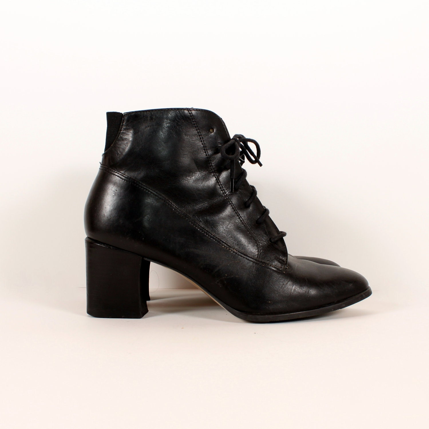 vintage 90s lace up boots black leather by