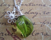 Silver Daisy Flower with Green Leaf Sterling Silver Glass Wire Wrapped Charm Pendant Necklace