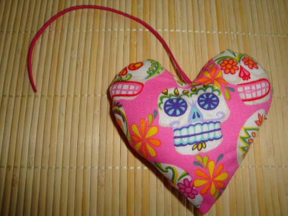 Beautiful Pink Sugar Skull Catnip Heart - Purrfect for Valentines Day - Cat Toy
