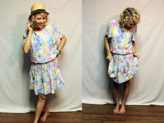 SALE upcycled vintage retro loud floral white flapper girl dress womens size medium large