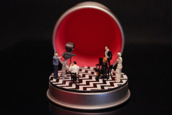 RED ROOM Twin Peaks Diorama personalizable