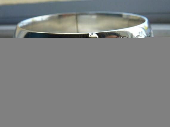 1940s Wide ornate sterling silver bangle bracelet