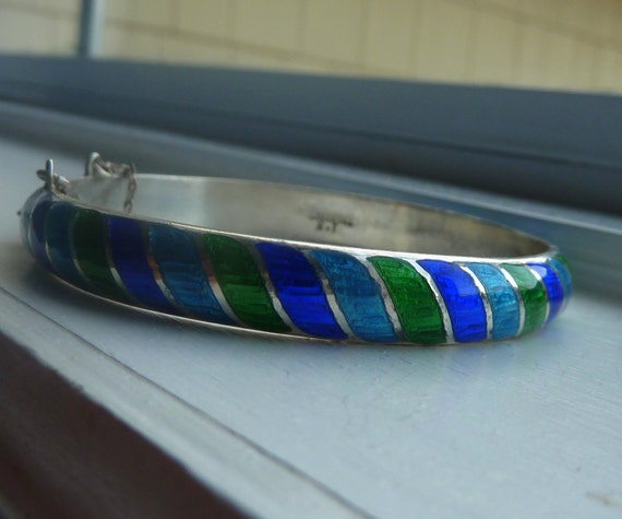 SUNDAY SALE  Sterling silver enamel bangle bracelet