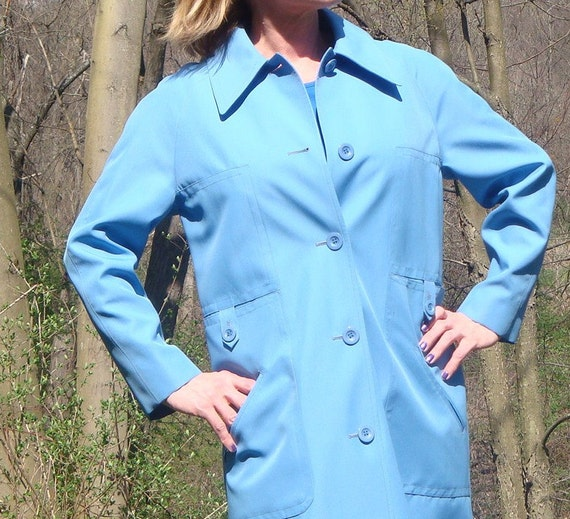 Vintage Rain Coat 70s Sky Blue trench Coat. Womens Pastel Baby Blue Wide Lapel Misty Harbor Coat. Union Tag Boho Indie Chic. Size L