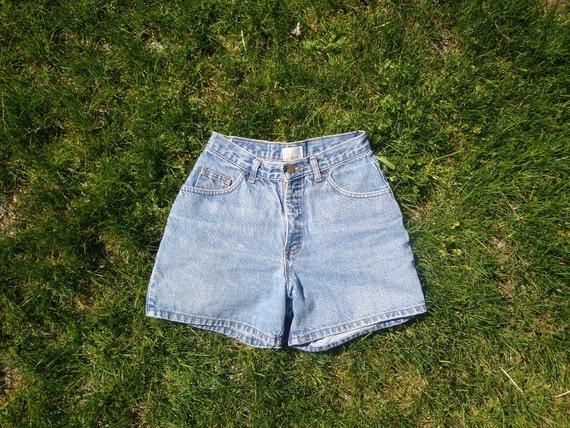 Vintage High Waisted Denim Shorts - 27 w