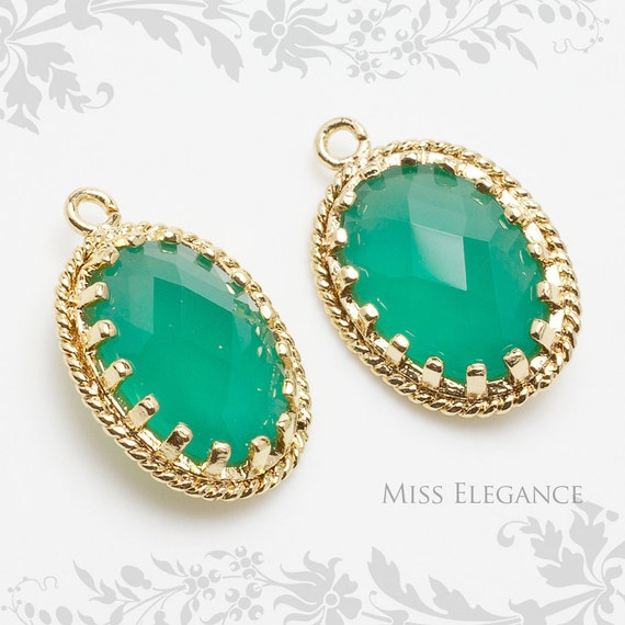 2pcs Palace Green Opal Oval Faceted Glass Stone Pendants, Gold Plated Over Brass Unique Jewelry Findings  //  13mm x 17mm // G9002PG-MG