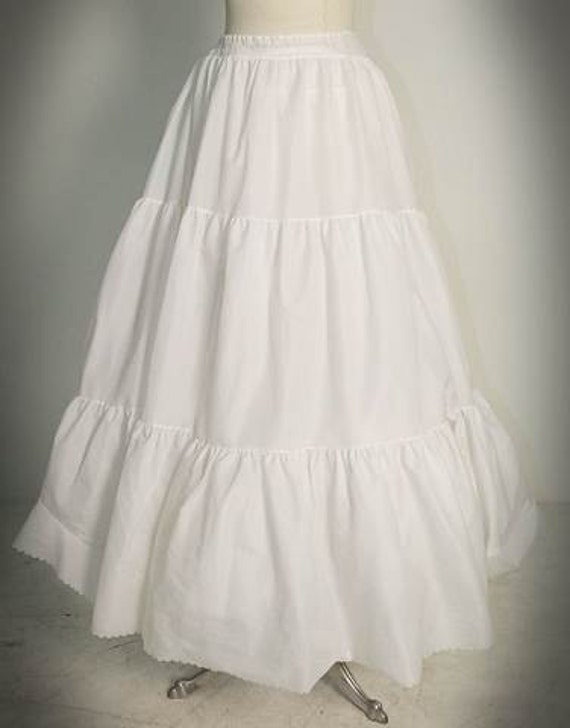 Petticoat white nylon ankle length