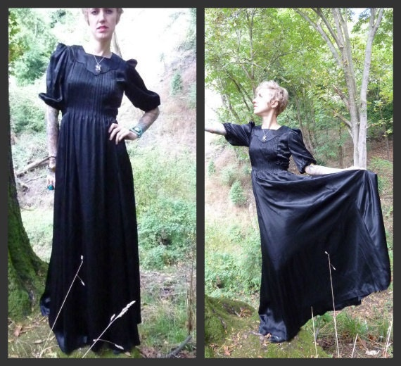 RESERVED ///  Black Dahlia Fluttering Sleeve Dramatic 40s Satin Dress, s-m