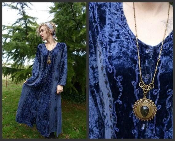 70s Gypsy Traveler Boho Velvet Embroidered Indian Dress