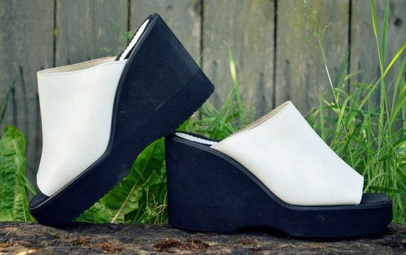 90s Extreme Wedge Leather Platform Open Toe Slip On Sandals 7.5