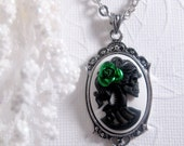 Green Rose Lolita Cameo Necklace Black And White Lady Skeleton