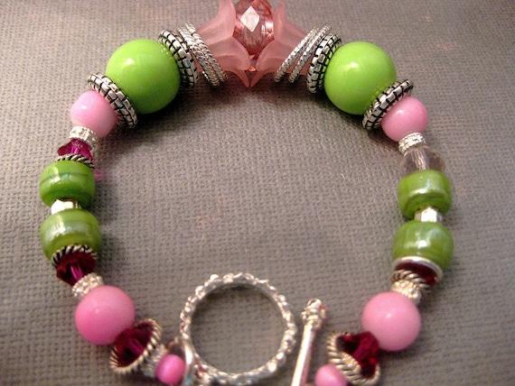 Retro Style Lime Leaf Olive Bloom Pink Bracelet