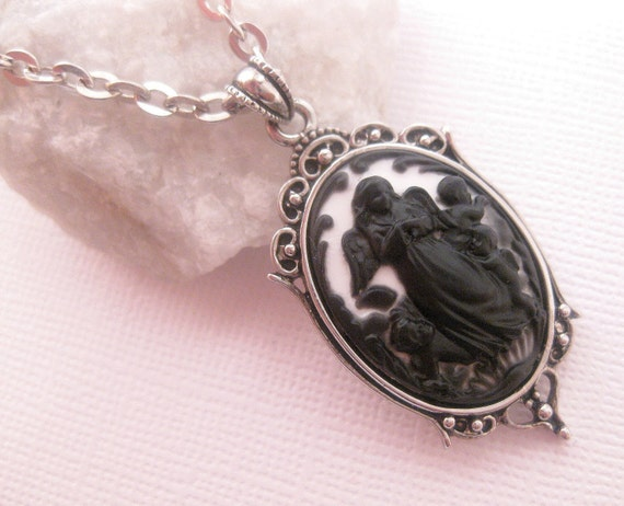 Angel And Baby Cherubs Cameo Necklace - Black ON White