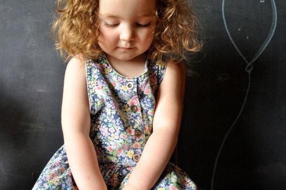 Vtg floral denim jumper dress for little girl, size 4T