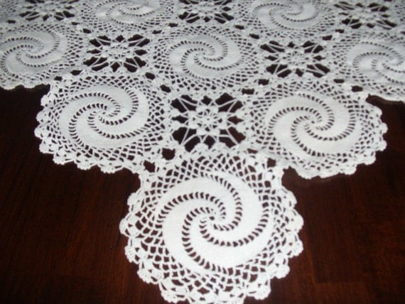 Antique hand crochet lace bed coverlet big 75 inch by 112 inch perfect condition