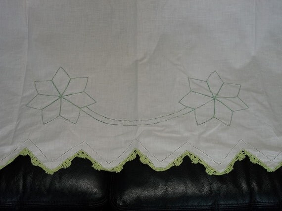 """Beautiful vintage sheet...New Old stock...Hand Made...89"""" by 87"""""""