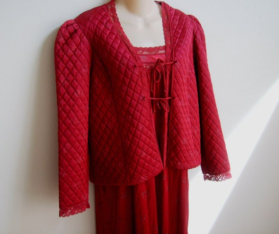 Vintage Peignoir Nightgown Bed Jacket robe set burgundy beauty