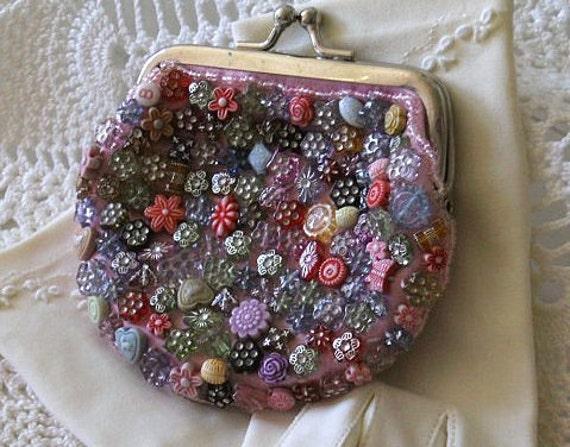 Vintage beaded Change Purse 1940s unique colorful buttons & beads