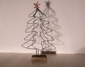 Decorative wire Christmas tree