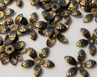 15mm Antique Bronze Flexible Fancy Leaf Bead Caps, 50 PC