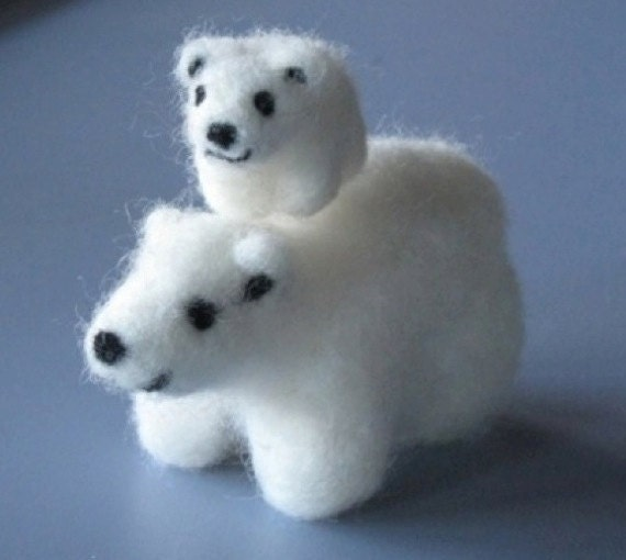 Polar Bear and Cub pair, mother and child. Two needle-felted wool animal figures
