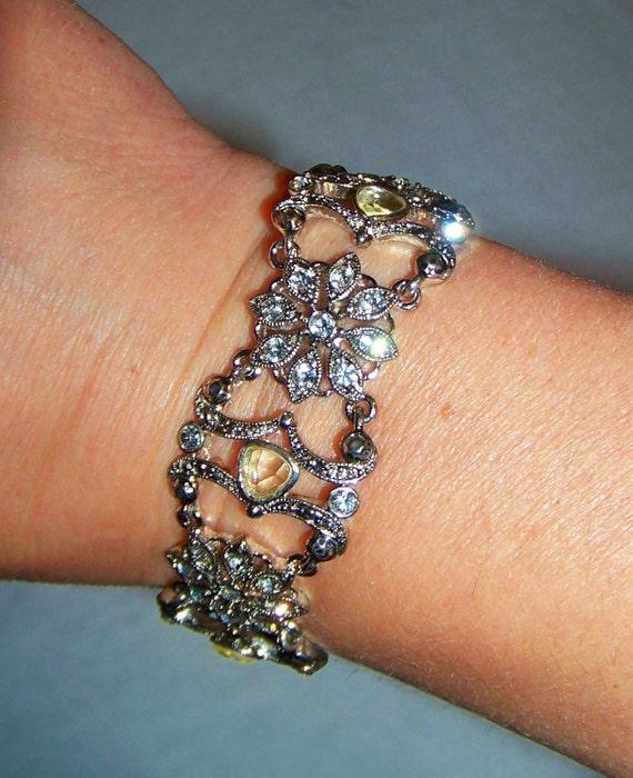 Sparkling Vintage Silver & Rhinestones Flower Link Bracelet