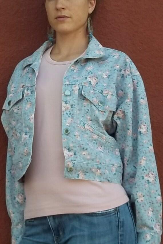 Cropped Floral Denim Jacket (Women's Large)