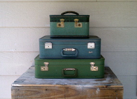 3 Piece Set Luggage for Travel or Photo Prop..Free Shipping