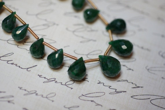 Emerald Briolette.Faceted Briolette 9X5 mm pack of 20 pcs. Jewelry Supplies