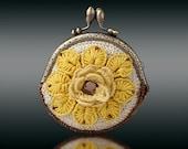 free shipping  yellow flower  metal frame purse/ Coin Wallet crochet knit purse handmade bronze