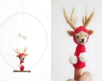 FINGER PUPPET MOBILE / Wall Hanging, Needlefelted Red Reindeer, Eco-Friendly Toy, home decor, children, baby, nursery, christmas