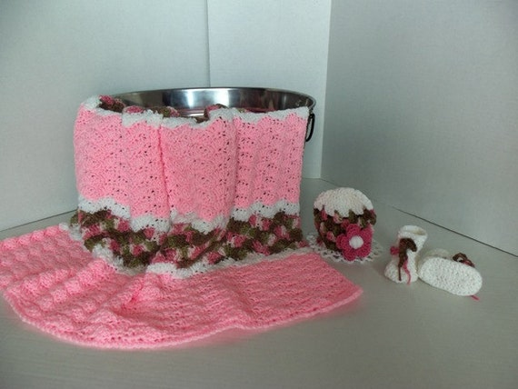Baby/Toddler Girls Pink and Pink Camo Afghan with Hat and Booties Set