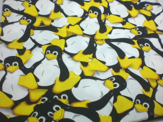 Linux Fabric Quarter - Tux the penguin