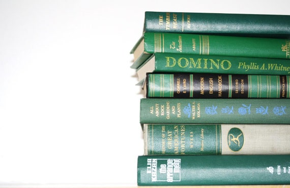 Front Page Featured-Vintage 7 Book Green Collection Interior Design Vintage Book Decor