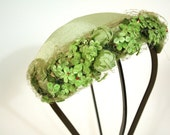1960s vintage garden party fascinator // Key Lime // fancy womens hat