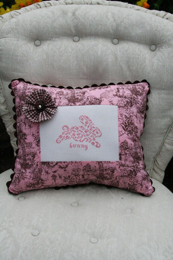 Bunny Rabbit Accent Pillow in French Country