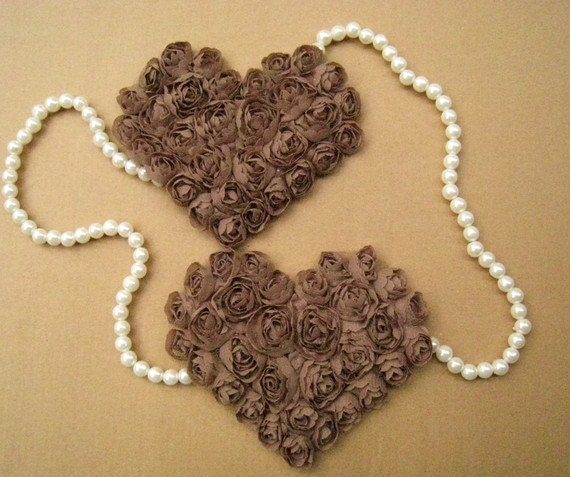 2 PCS Heart-shaped Dark Brown Rose Applique Altered Art or couture.costume or Jewelry Design Supplies