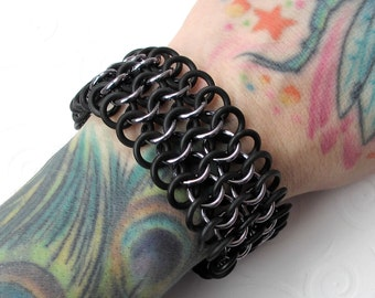 Black and gray stretchy chainmail bracelet for men or women